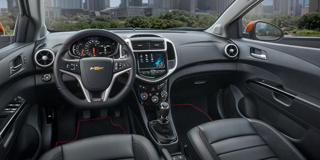 The chevrolet sonic gets a sportier look in 2017 cmh - 2017 chevrolet sonic sedan interior ...
